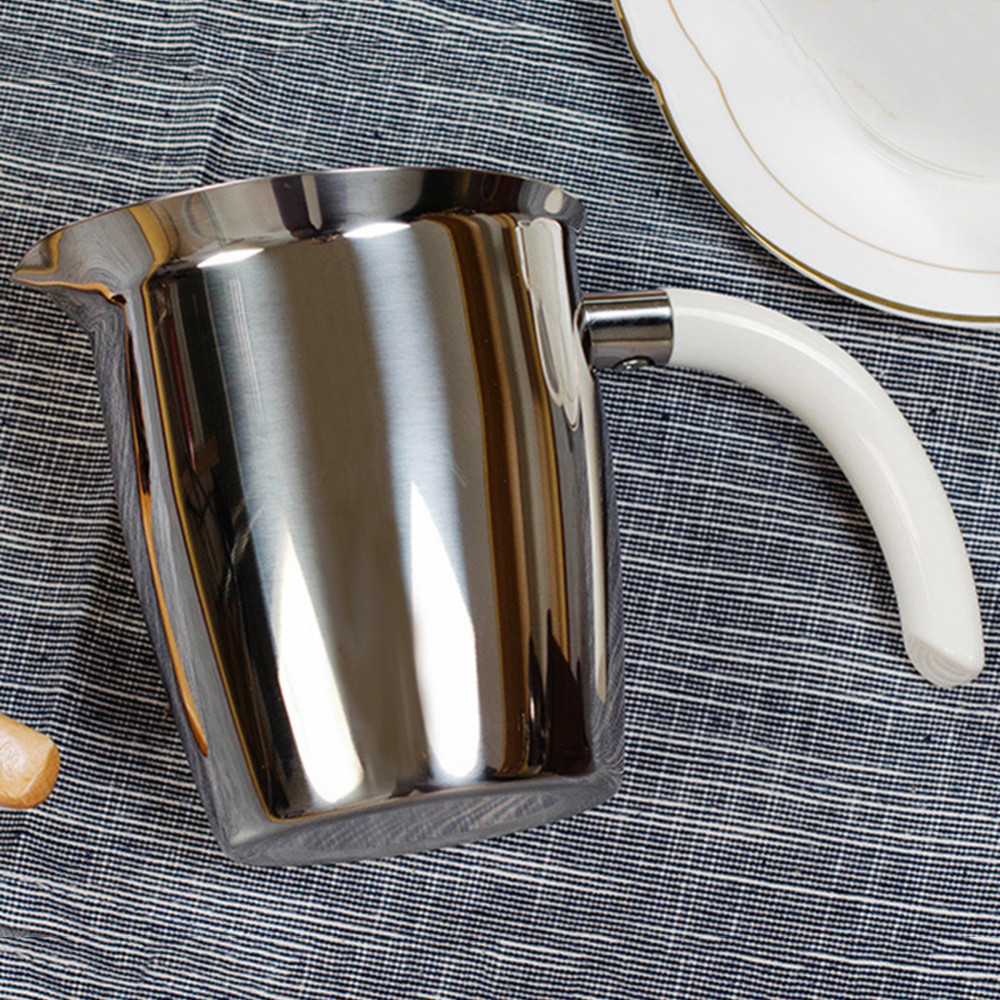 1 pcs 500ml Stainless Steel Coffee Milk Pull Flower Cup With Anti-Scalding Handle Coffee Kettle Latte Art Frothing Pitcher